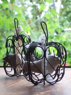 ラベンダーのサシェin鳥かご