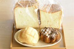 ノームズ・インのパン♪