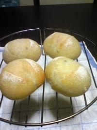 のどごし しっとりパンの季節