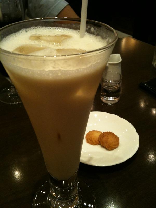 珈琲茶館 集でバナナジュース
