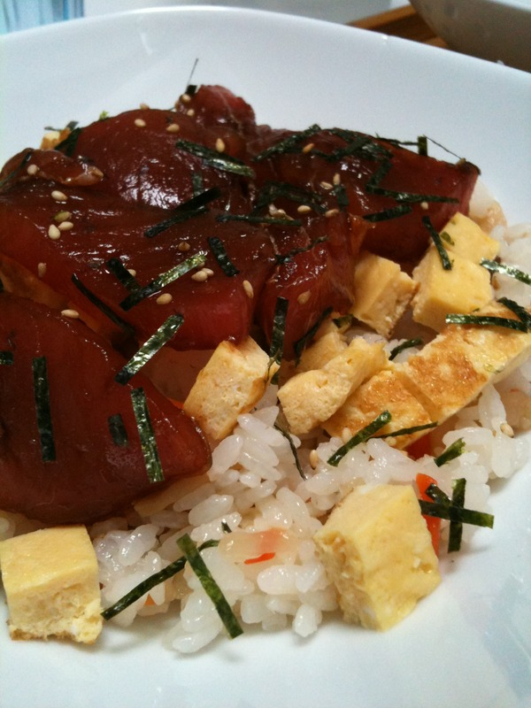 麻婆ご飯とちらし寿司(おうちごはん)
