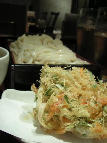 古奈屋でカレーつけ麺を食べる