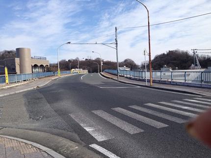 湯本駅 線路を渡る橋
