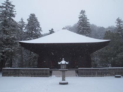 国宝白水阿弥陀堂 雪景色