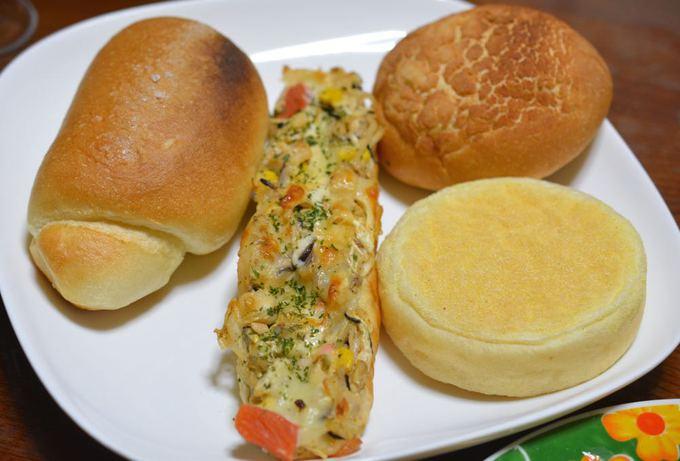今宵もパン祭り with イワシのマリネ