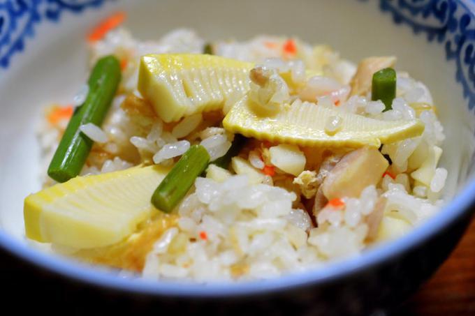 筍と蕨の炊き込み御飯