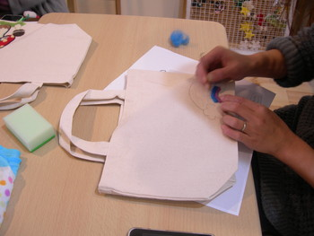 羊毛刺繍ランチトートのワークショップ