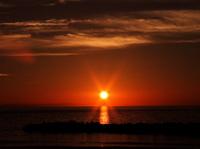瀬波の夕日