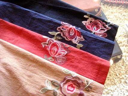 花柄刺繍サックワンピース