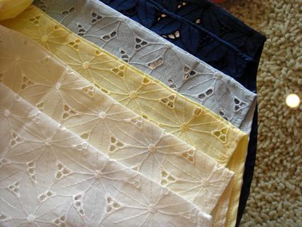 刺繍レースリボンスリーブブラウス