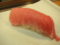 カウンターでお寿司 by 目羅