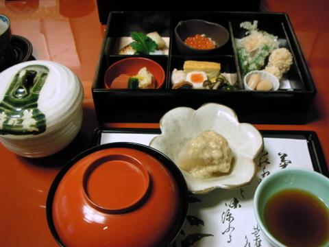 しぐれめし弁当をしっぽりと料亭菊乃井にて!(京都)