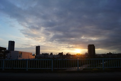 ドライーブ、夕暮れ、秋の空