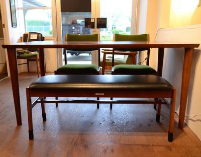 1500テーブルとベンチ