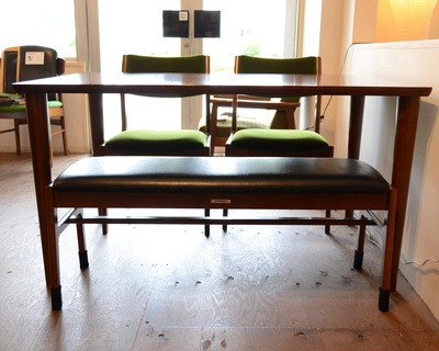 1300テーブルとベンチ