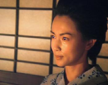 覚馬の花嫁・うらを演じるのは、長谷川京子さん